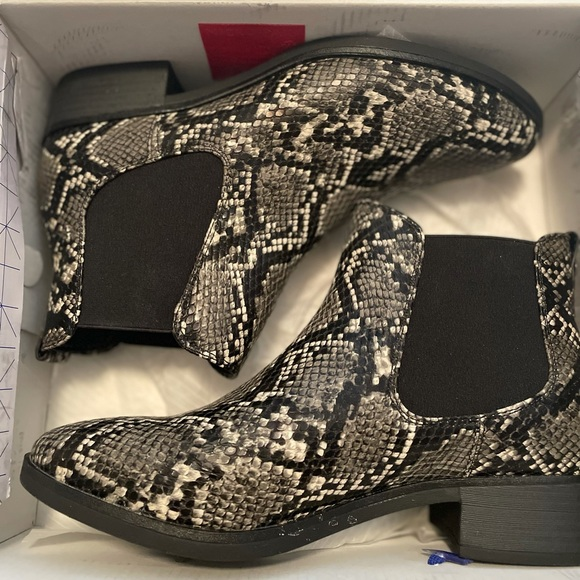 Snake-print, Call it Spring booties. Size 9.